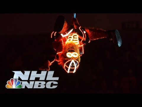 Video: Gritty lights up Stadium Series with incredible entrance | NHL | NBC Sports