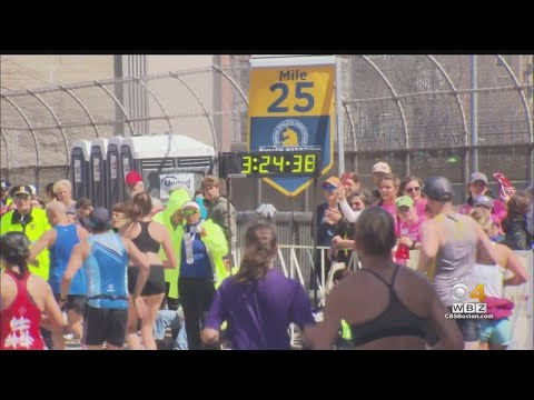 Crowd Gives Boston Marathon Runners Final Push In Kenmore Square