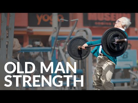 FUNNY Strength Training - Old Man Weightlifting