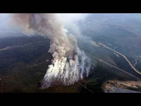 Καναδάς: Σταδιακή επαναλειτουργία των διυλιστηρίων στο ΜακΜάρεϊ – Εκτός ελέγχου η πυρκαγιά