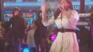Sullivan (MO) United States  city photos : Jazmine Sullivan Lions N TIgers N Bears on Good Morning America