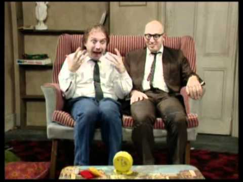 Video BOTTOM - Rik Mayall  ( Richie ) Funniest Moments download in MP3, 3GP, MP4, WEBM, AVI, FLV January 2017