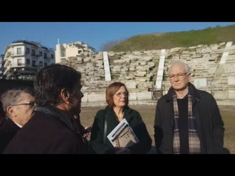 Επίσκεψη της υπ. Πολιτισμού Μυρσίνης ζορμπά στο αρχαίο θέατρο της Λάρισας
