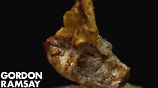 Soon To Be Famous Burger Is Chicken Teriyaki With Cheese   Hotel Hell by Gordon Ramsay