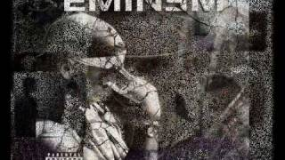 Download Lagu Eminem - Jingle Bells Mp3