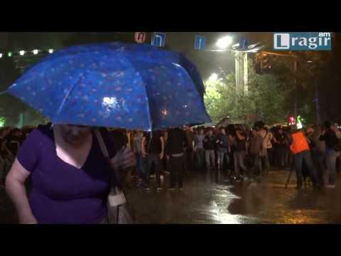 Հայտարարվեց անհնազանդության փուլը. երթ դեպի Բաղրամյան - DomaVideo.Ru