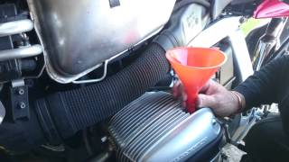 7. BMW R1100s  DIY Oil,Filter and Plug Change