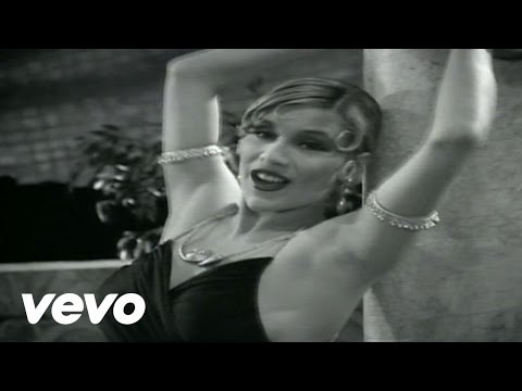 Tekst piosenki Samantha Fox - (Hurt Me! Hurt Me!) But The Pants Stay On po polsku