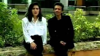 Lagu Batak : Posni Uhurmai, Rege rege