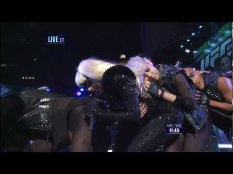Lady Gaga New Years Eve - No copyright intended! Lady Gaga performs