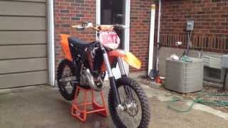 9. 2009 KTM 150sx Startup and Walk Around