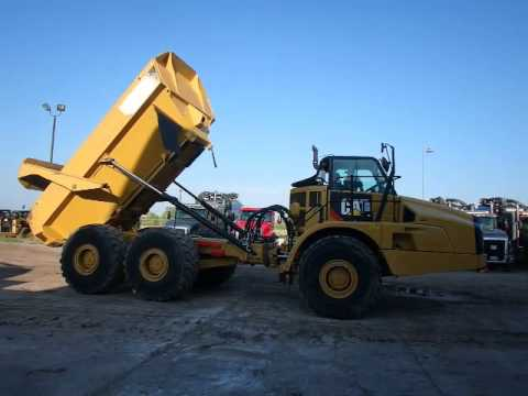 CATERPILLAR アーティキュレートトラック 740B equipment video v0aUtPMNyQE