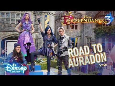 Descendants 3 | BEHIND THE SCENES: Road To Auradon - The Original VKs 🖤 | Disney Channel UK