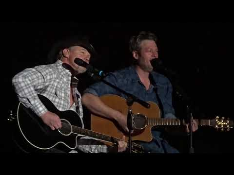 Blake Shelton - Trace Adkins Song Off 2/16/18