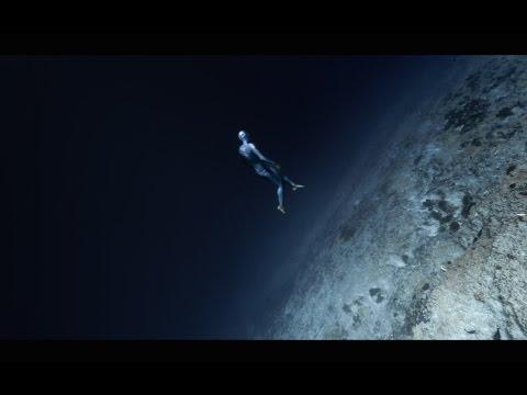 Spelen met zwaartekracht onder water
