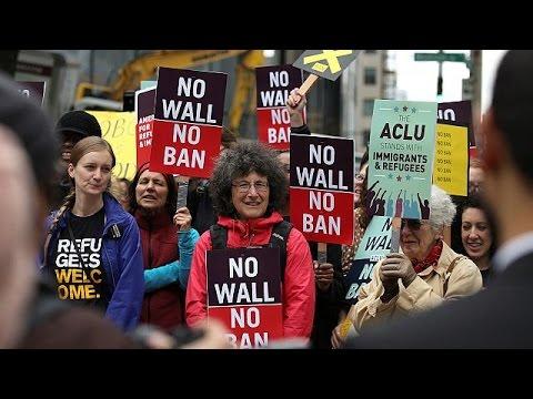 ΗΠΑ: Επαναφορά της απαγόρευσης εισόδου επιδιώκει η κυβέρνηση Τραμπ