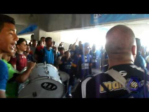 Mineros Lara Ap 13 / La Pandilla del Sur antes del partido - La Pandilla del Sur - Mineros de Guayana
