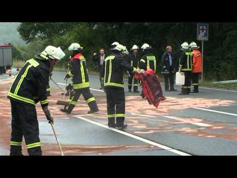 Vöhl: Motorradfahrer bei Unfall schwer verletzt