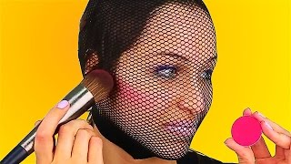 Video 15 WEIRD BEAUTY HACKS THAT WORK MAGIC MP3, 3GP, MP4, WEBM, AVI, FLV Januari 2018