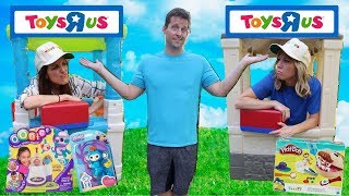 Video Pretend Toys R Us Stores Compete for Business !!! MP3, 3GP, MP4, WEBM, AVI, FLV Maret 2018