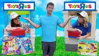 Video Pretend Toys R Us Stores Compete for Business !!! MP3, 3GP, MP4, WEBM, AVI, FLV Juni 2018