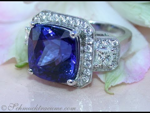 Traum-Juwel: AAA Tansanit Ring mit Brillanten, 13.54 ct.   AAA Tanzanite Ring with Diamonds