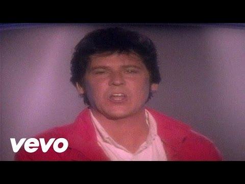 Tekst piosenki Shakin Stevens - A Little Boogie Woogie po polsku