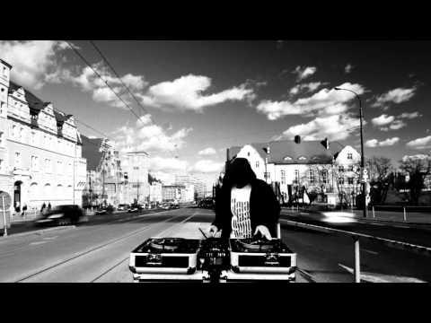 Tekst piosenki Słoń - Szczerze po polsku