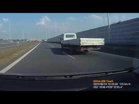 Janusz zezłomował sobie auto, bo chciał ukarać kierowcę