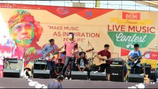 Dunia Politik-Iwan Fals LIVE MUSIC CONTEST By Amarko Ban Video