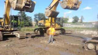 Als Ice Bucket Challenge Excavator
