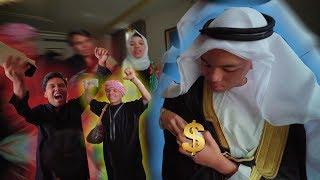 Download Video 1 Hari jadi SULTON ARAB  Bagi-bagi Fulus ke ATTA HALILINTAR Dan LAIN-LAIN!!! MP3 3GP MP4