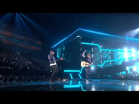 Ed Sheeran – Castle On The Hill & Shape Of You feat. Stormzy [Live from the Brit Awards 2017] (видео)