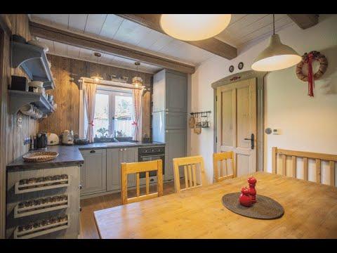 Video Prodej elegantního bytu 2+1 v krkonošské roubence, Pec pod Sněžkou