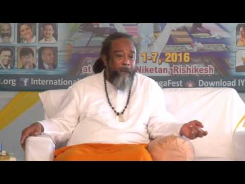 Mooji Video: Is It Possible to Experience Unconditional Love in a Romantic Relationship?