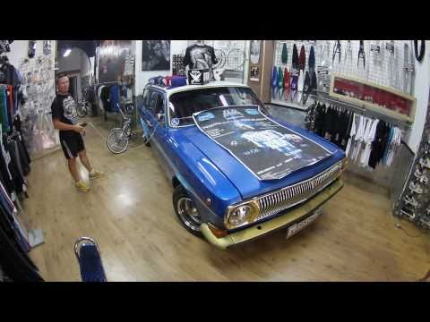Volga Around Europe - Day 22 - Barcelona - DYD Lowrider Store - Interview