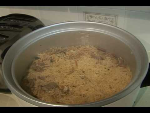 Pulao Bajias Cooking