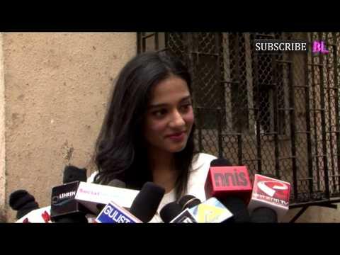 Amrita Rao Visits NGO Pratham