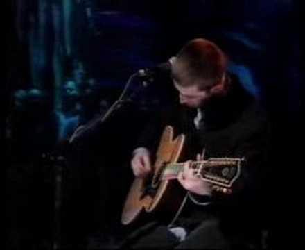 Tekst piosenki Oasis - Sad Song po polsku
