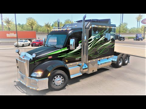 Peterbilt 579 with 120 custom sleeper 1.36.x