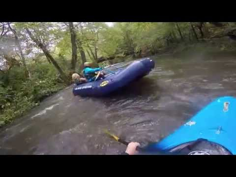 Two drunk sisters have a fight while on a relaxing rafting trip.