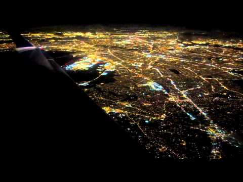 Delta (Comair) CRJ Night Flight Over New York City видео