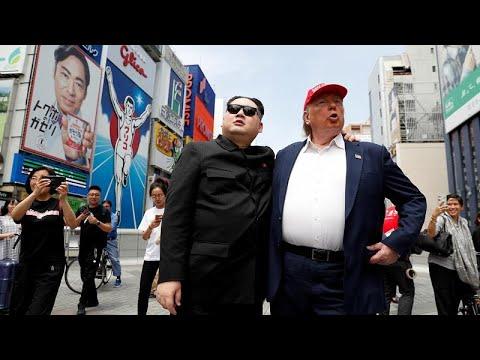 Ιαπωνία: Ο Ντόναλντ Τραμπ και ο Κιμ Γιονγκ Ουν αγκαλιασμένοι…