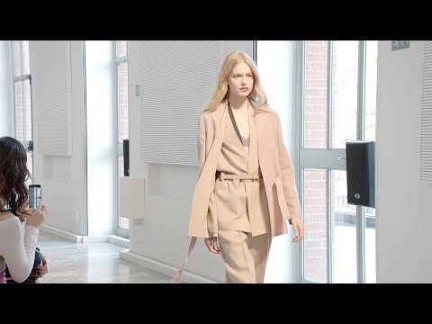 Agnona   Fall Winter 2018/2019 Full Fashion Show   Exclusive видео