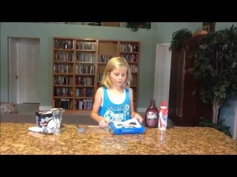 How to Make Easy Ice Cream Sundaes!