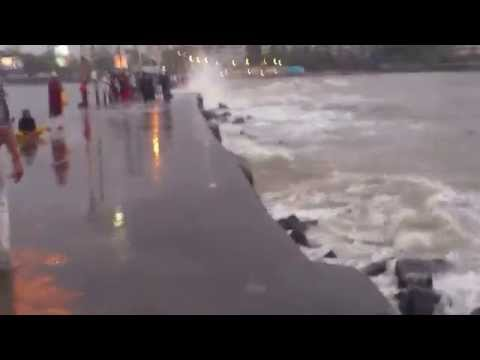 Haji Ali Splash in Rains