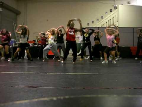 HIP HOP DANCE CLASS проводил LEO