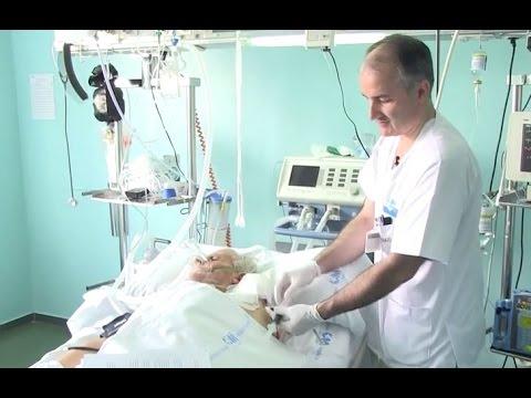 Un enfermero inventa una válvula que ahorra sangre