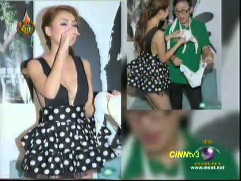 นางแบบจีน ถอด กกน ให้แฟนคลับชาย 29 Jul 2012