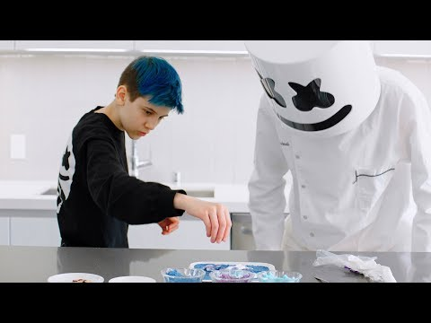 Marshmello & Sceptic Make Fortnite Loot Llama Candy | Cooking with Marshmello - Thời lượng: 118 giây.
